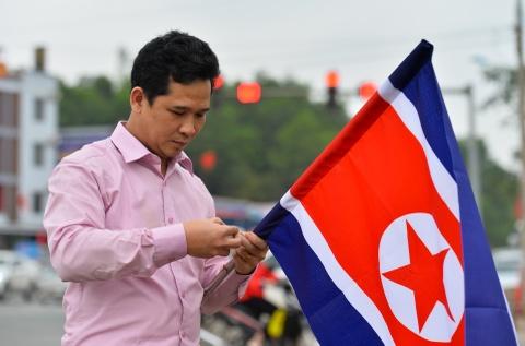 Ga Dong Dang truoc gio tien ong Kim Jong Un ve nuoc hinh anh 10