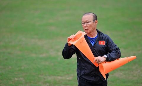 Nguoi hung World Cup 2002 gap lai HLV Park Hang-seo tai Ha Noi hinh anh 10