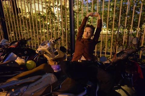 Xep hang tu 2h cho xin visa Han Quoc: Mat cho chi vi di ve sinh hinh anh 2