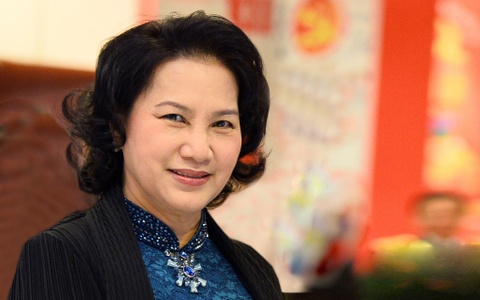 Ba Nguyen Thi Kim Ngan duoc gioi thieu lam Chu tich Quoc hoi hinh anh