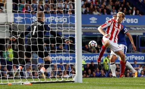 Rooney toa sang, Everton gianh tron 3 diem ngay ra quan hinh anh 8