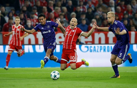 Lewandowski ghi ban, Bayern thang de Anderlecht tren san nha hinh anh 5