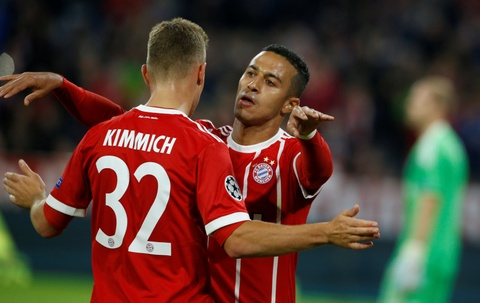 Lewandowski ghi ban, Bayern thang de Anderlecht tren san nha hinh anh 7