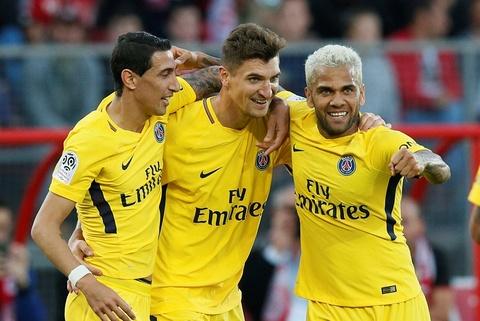 Dijon 1-2 PSG: Sieu pham tu khoang cach 30 m hinh anh