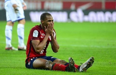 Sao Ligue 1 nhan the do oan vi sai lam cua trong tai hinh anh