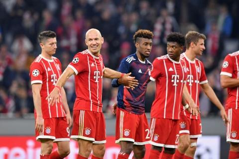 Bayern lai thang tung bung sau khi sa thai Carlo Ancelotti hinh anh 11