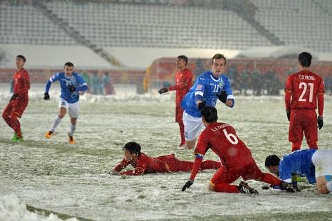 Tran 'dai chien tren tuyet' giua U23 Viet Nam va U23 Uzbekistan hinh anh 17