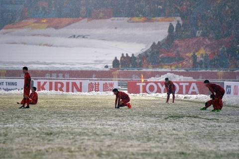 Tran 'dai chien tren tuyet' giua U23 Viet Nam va U23 Uzbekistan hinh anh 19
