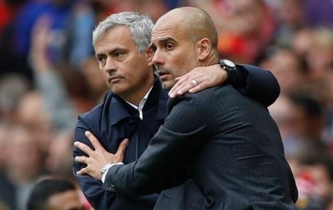 mourinho tra loi phong van hinh anh