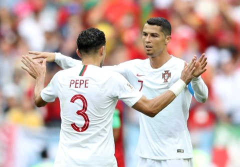 Nga dep, Ronaldo doi trong tai su dung VAR hinh anh 10