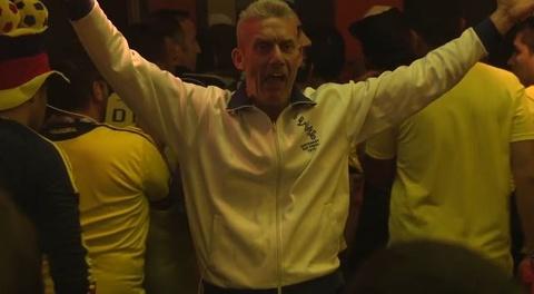 CDV Anh lieu mang an mung trong quan bar toan fan Colombia hinh anh