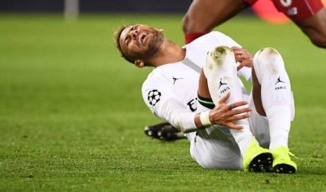 Doi thu to Neymar an va '500.000 lan' trong tran thang cua PSG hinh anh