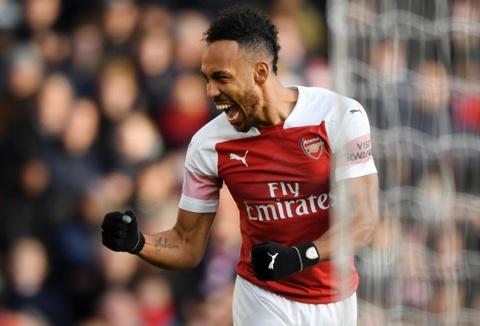 Arsenal mo man nam 2019 bang tran thang 4-1 hinh anh