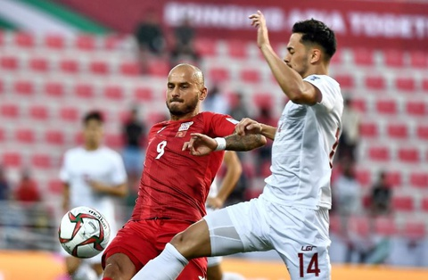 Kyrgyzstan 3-1 Philippines: Vitalij Lux lap hat-trick hinh anh