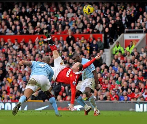 Ronaldo xep sau Rooney o top 10 cau thu vi dai nhat Man Utd hinh anh 3