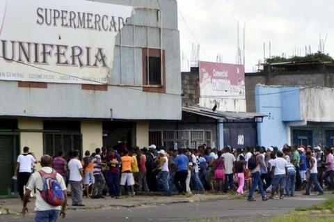 Lam phat o Venezuela: Dung bao tai thay cho vi, can tien thay vi dem hinh anh 5