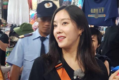 Hyomin (T-ara) bi mang xoi xa khi tra gia o cho Ben Thanh hinh anh