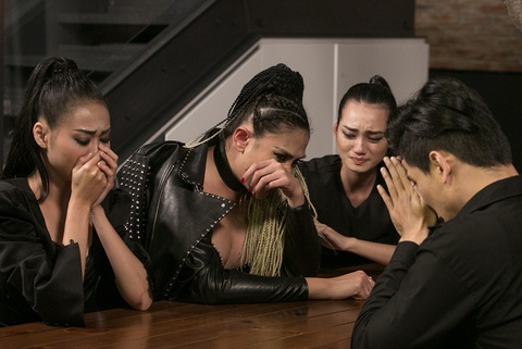 Vo Hoang Yen khoc nuc no khi bi Thanh Hang loai thi sinh hinh anh