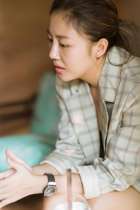 Van Mai Huong: 'Mat niem tin vao hon nhan va khong con yeu bat chap' hinh anh 5