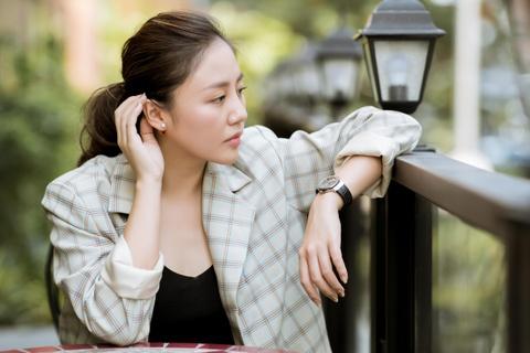 Van Mai Huong: 'Mat niem tin vao hon nhan va khong con yeu bat chap' hinh anh 1