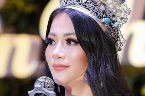 Phuong Khanh len tieng ve tin don mua giai Miss Earth hinh anh