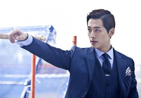 Nam Goong Min - my nam phan dien van nguoi me hinh anh 1