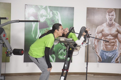 Running Man tap 3: Jun Pham, Ngo Kien Huy bat ngo tro nen loi hai hinh anh 4
