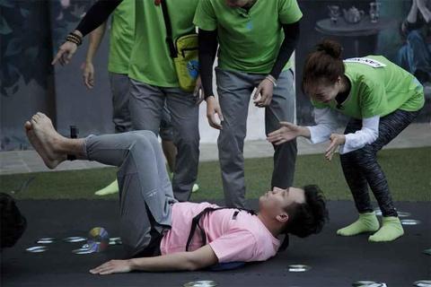 Running Man tap 3: Jun Pham, Ngo Kien Huy bat ngo tro nen loi hai hinh anh 3