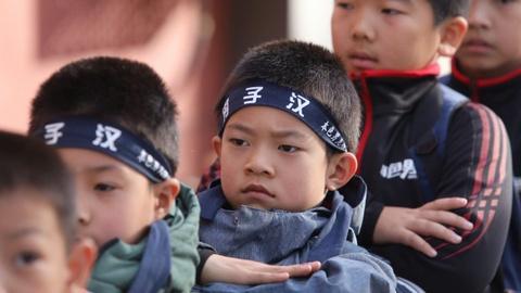 Lớp rèn luyện nam tính cho học sinh yếu đuối ở Trung Quốc