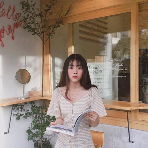 5 quan ca phe day goc song ao hut du khach o Nha Trang hinh anh 1