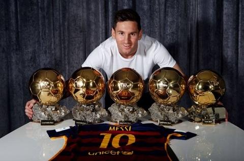 Messi duoc moi ky hop dong tron doi voi Barca hinh anh