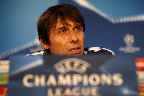 Conte: 'Chelsea san sang khong cam noi bong truoc Barca' hinh anh