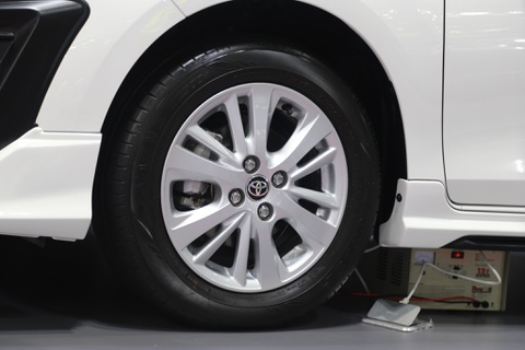 Chi tiet Toyota Yaris Ativ TRD 2018 vua ra mat tai Thai Lan hinh anh 6
