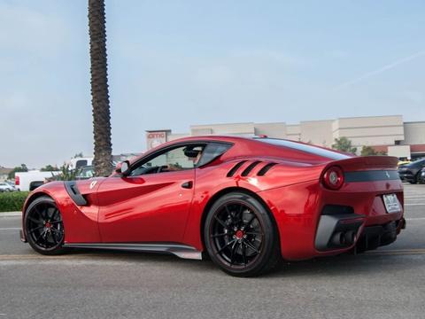 10 sieu xe Ferrari ban dac biet dep nhat hinh anh 5