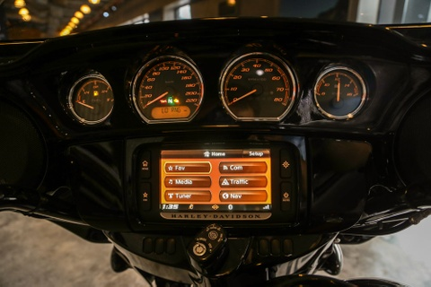 Harley-Davidson Street Glide Special 2018 doc nhat tai VN hinh anh 6