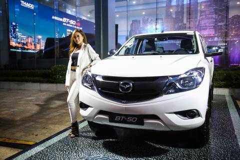 Mazda BT-50 huong thue nhap khau 0% ve VN voi nhieu nang cap moi hinh anh