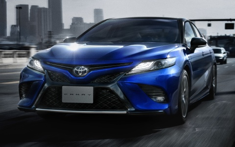 Toyota Camry Sport ra mat thi truong Nhat, gia hon 33.000 USD hinh anh