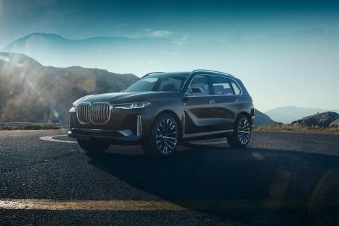 BMW X7 M Performance sap lo dien, manh 600 ma luc hinh anh