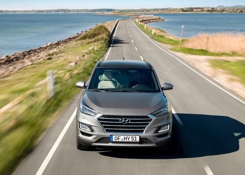 Hyundai Tucson 2019 cap ben Malaysia, gia gan 30.000 USD hinh anh