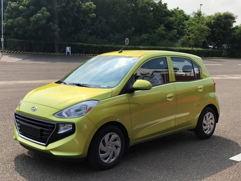 Hyundai Santro vừa bán đã 'làm mưa làm gió' tại Ấn Độ