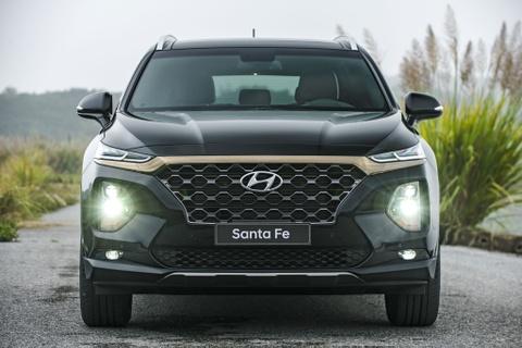 Hyundai Santa Fe ban 'bia kem lac' chenh 100 trieu, hang noi gi? hinh anh