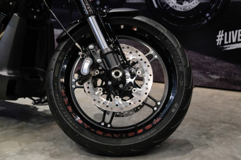 799,5 trieu dong cho Harley-Davidson FXDR 114 tai VN hinh anh 7