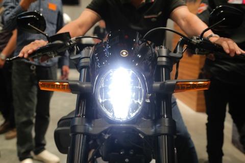 799,5 trieu dong cho Harley-Davidson FXDR 114 tai VN hinh anh 4