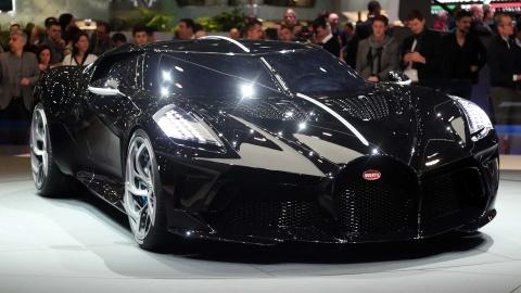 Sieu xe Bugatti La Voiture Noir gia 12,5 trieu USD doc nhat vo nhi hinh anh 9
