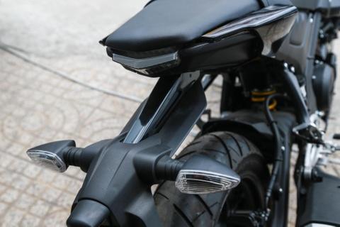 Chi tiet 'chien binh' Yamaha MT-15 vua ve VN, gia 79 trieu dong hinh anh 11