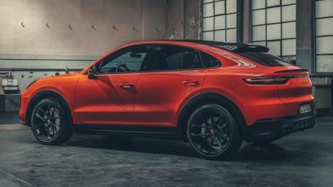 Porsche Cayenne Coupe moi ra mat, gia tu 81.500 USD hinh anh 6