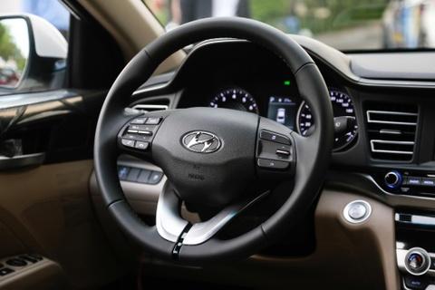 Hyundai Elantra 2019 va Kia Cerato 2019: Ke tam lang nguoi nua can hinh anh 9