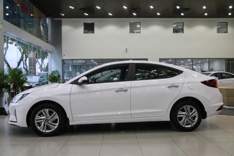 Hyundai Elantra 2019 va Kia Cerato 2019: Ke tam lang nguoi nua can hinh anh 3
