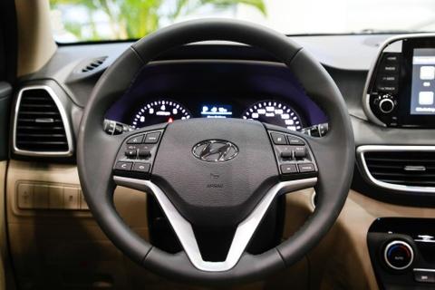 Can canh Hyundai Tucson 2019 - thay ngoai hinh, tang gia ban hinh anh 11