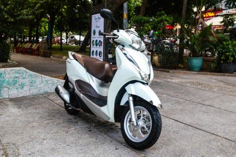 Xe tay ga cho nu: Yamaha Latte qua kho de gay ap luc len Honda Lead? hinh anh 2